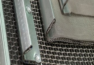 Hook and Pull Type Screen Mesh
